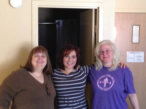 Colleen Jen and Sandy looking good!